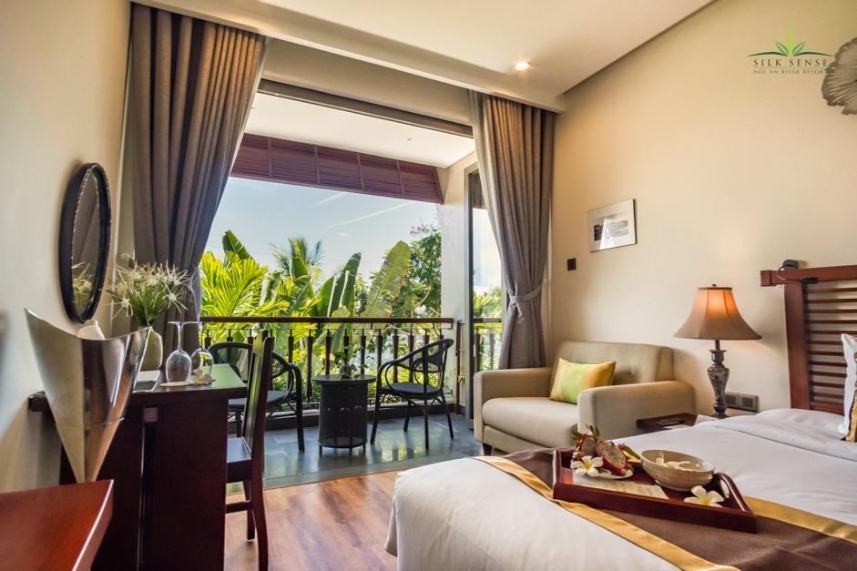 River Suite 01 Bedroom 1